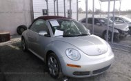 2009 VOLKSWAGEN NEW BEETLE BLUSH EDITION #1324907865