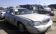 2004 LINCOLN TOWN CAR ULTIMATE #1356402620
