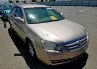 2005 TOYOTA AVALON XL #1356078139