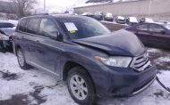 2013 TOYOTA HIGHLANDER PLUS/SE #1259243927